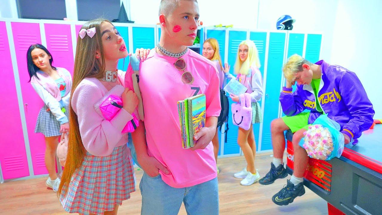 Download ¡Smilie contra la amistad de Diana con el glamoroso nuevo novio de la escuela de Cheerleaders!