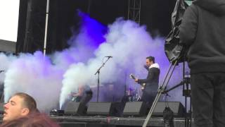 Atreyu - You Give Love a Bad Name live at Louder Than Life 10/03/15