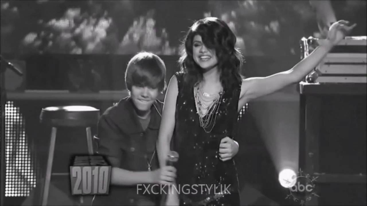 Selena Gomez Ft Justin Bieber We Don T Talk Anymore Official