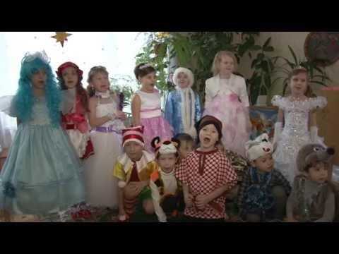 Развивающие песенки для малышей. Песня-караоке: Маленькой ёлочке холодно зимой.