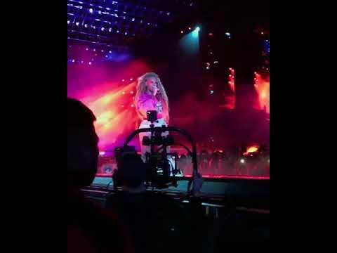 Beyonce - Sorry/Kitty Kat (LIVE) At Coachella