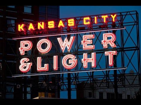 Kansas City Power & Light District (NIGHT LIFE)