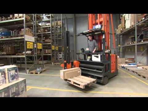 Solar Deutschland - Rundgang durch das Logistikzentrum