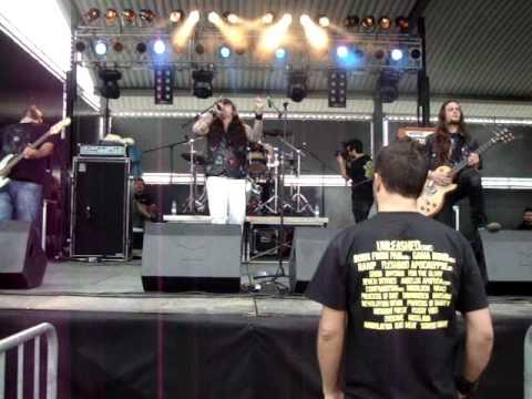 Eagles Flying (live@Metal