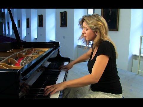 Ragna Schirmer - Brahms Walzer & Variationen