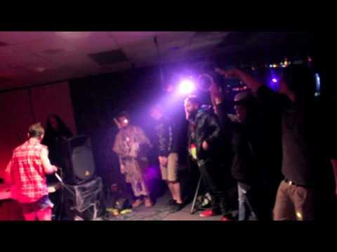 Errol Hem - It Ain't Easy Bein' Posi in Negative Degree Weather + Enlil - Live @ Whorror Fest 2014