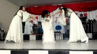 coreografia amor de mãe quatro por um