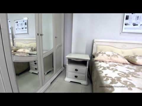 Шкаф-купе в спальню в типовой квартире.