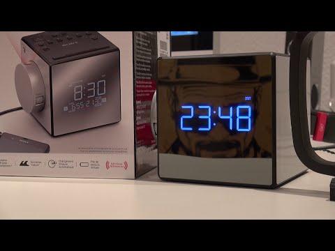 SONY - Radio Clock - ICF-C1PJ - Unboxing - MusicVersion