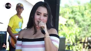 Download lagu Tanggul Kali Bangkir Silvi Erviany Arnika Jaya Live Desa Majakerta Balongan Indramayu MP3