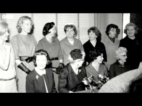 BBC News Astronaut Wives The women behind the first Nasa ...