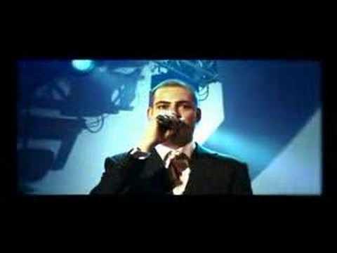 Lange Frans & Baas B - Het land van (Official Video)