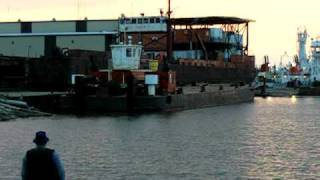 pusher Tug on the Hay River.AVI