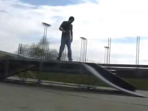 Ystradgynlais skate clips
