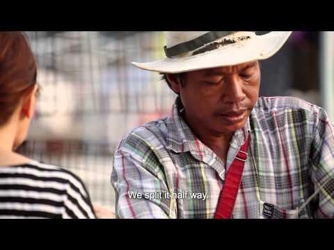 Thai Translation - Two Street Vendors in Bangkok [Informal City Dialogues]