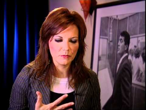 Martina McBride on Dean Martin's Christmas with Dino CD - YouTube