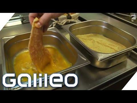 Food Scan: Deshalb wird Wiener Schnitzel mit Semmelbrösel paniert | Galileo | ProSieben