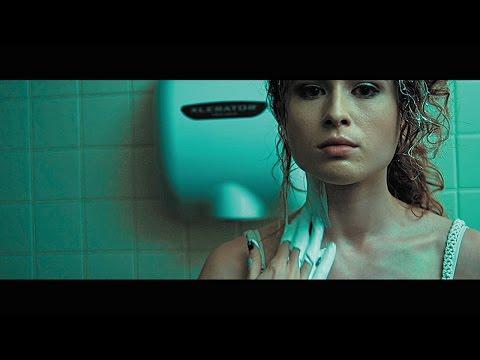 """Elliot Moss – """"Slip"""" (Official Video)"""