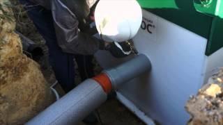 Шеф-монтаж канализации для загородного дома Юнилос(, 2014-11-08T22:43:28.000Z)