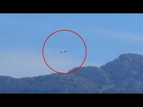 Enormous UFO spotted in the Prado Beach Marseille,France! Sep 8,2018