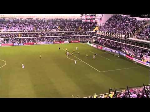 Santos Futebol Clube  ian tirando foto com neimar