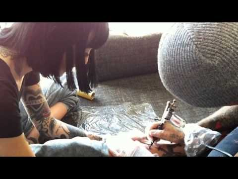 The Relationship Of Oliver Sykes and Hannah Snowdon