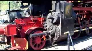 Dampflok 52 6106 wendet auf der Drehscheibe in Gerolstein