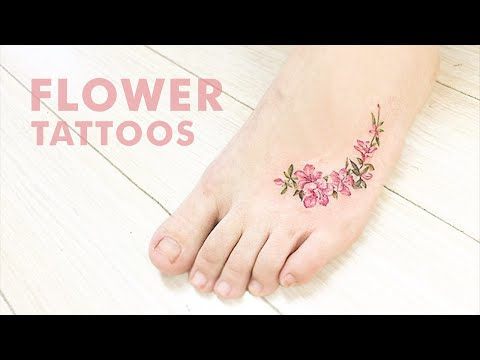 17 Little Flower Tattoo Designs That Are Anything But Garden Variety