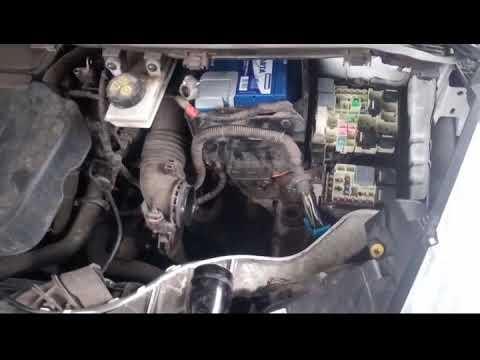 Замена аккумулятора на Форд Куга 2 (Battery Replacement Ford Kuga 2)