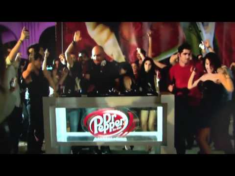 DOXAMILLION Dr Pepper- Commercial Vida 23 with Doxamillion and Pitbull