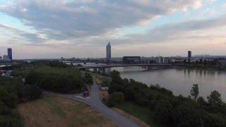 Repeat youtube video DJI Phantom 4 Vienna Donau Insel 4K