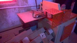 Работа станка торцовочного Optima CT500M в Рязанкской области(Станок торцовочный Оптима СТ500М является универсальным станком для торцовки бобышки поддона и торцовки..., 2014-03-07T08:00:22.000Z)