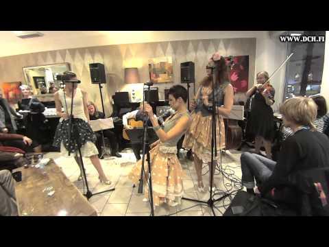 Tu Vuo Fa L'Americano - Django Collective Helsinki & Soul Sisters @ Bulevardi 170115