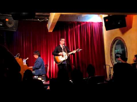 Dan Wilson - Someone Like You (Live at Room 5)