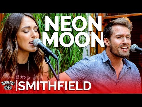 Smithfield - Neon Moon (Acoustic Cover) // Country Rebel HQ Session