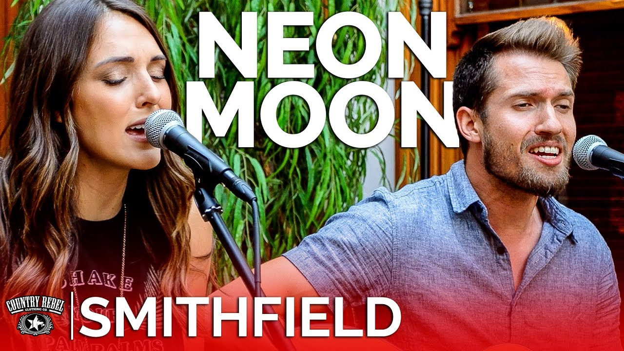 Smithfield — Neon Moon (Acoustic Cover) // Country Rebel HQ Session