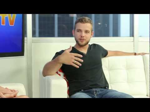 "Max Thieriot Interview ""House at the End of the Street"""