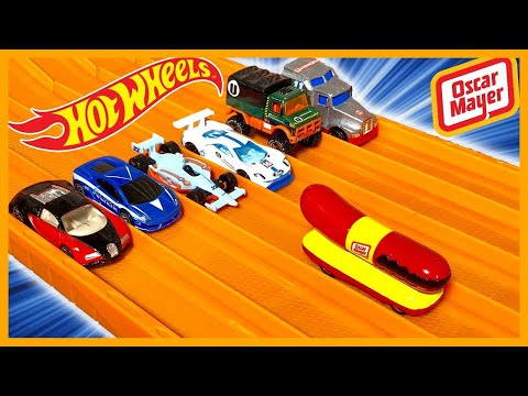 OSCAR MAYER WIENERMOBILE vs 6 CRAZY CARS - HOT WHEELS