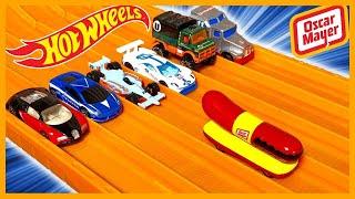 OSCAR MAYER WIENERMOBILE vs 6 CRAZY CARS - HOT WHEELS