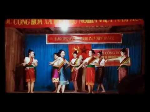 Múa lăm tơi - đội VN bản Bơn - xã Mường Mìn