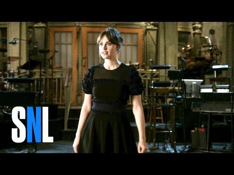 SNL Host Felicity Jones' Team Is a Bunch of Troopers