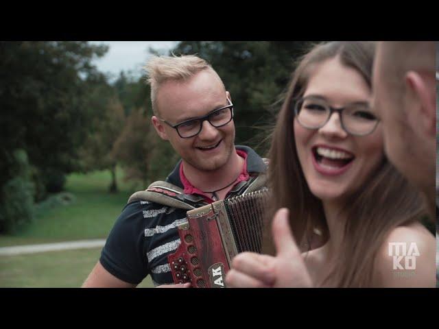 Ansambel Roka Kastelca - Harmonika