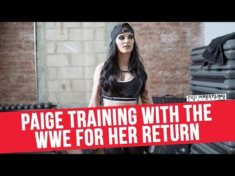 Paige Training With The WWE For Her Return