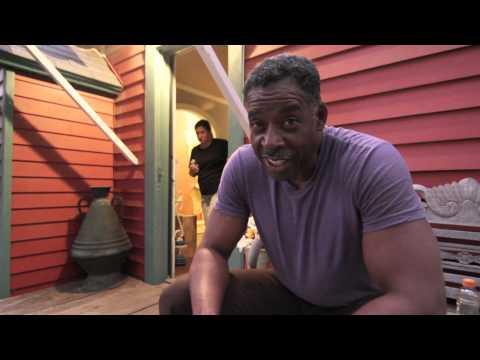 ErnieHudson from Ghostbusters Loves Mama-Kii™ Hawaiian Tea