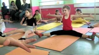 Непоседы открытый урок - разминка хореография