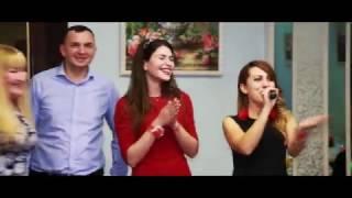 Елена Белова  ведущая нескучных свадеб