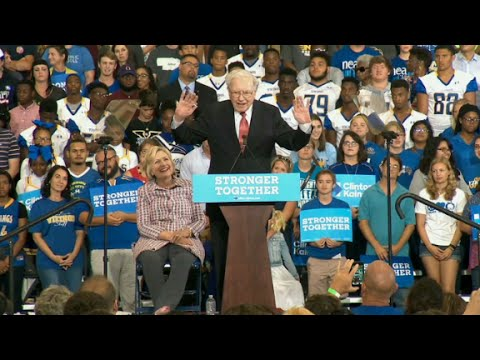 Warren Buffett challenges Donald Trump to release his tax...