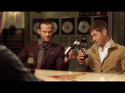 Сэм и Дин пьют пиво с Сэмом и Дином)) | Сверхъестественное