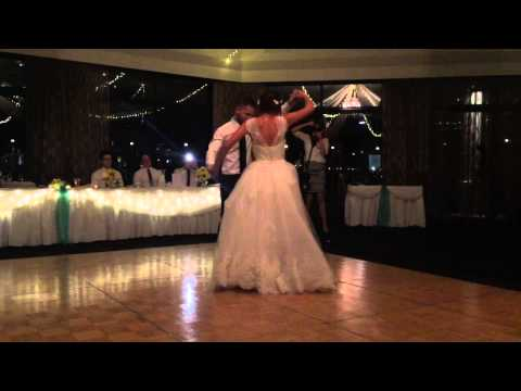 alex-and-leasa's-first-dance---'a-whole-new-world'-from-disney's-aladdin