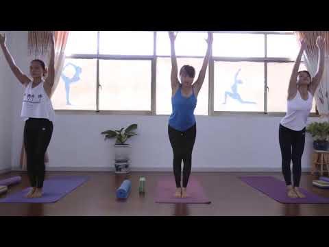 9 bài tập yoga chữa đau lưng, thoát vị đĩa đệm
